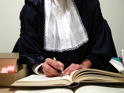 Landgericht Wiesbaden erlässt einstweilige Verfügung